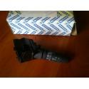 Переключатель подрулевой правый Nissan - 25260AV780